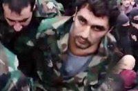 IŞİD'li siviller Suriyeli askerleri linç etti
