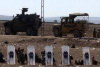 Suriye sınırında geçişler durduruldu