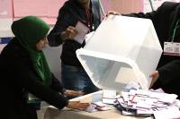 Tunus'ta sandıkların yüzde 75'i açıldı