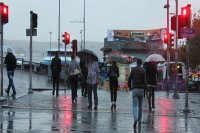 3 il için öğle saatlerinde kuvvetli yağış uyarısı