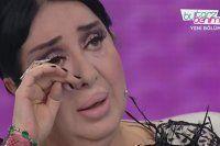 Nur Yerlitaş programı ağlayarak açtı