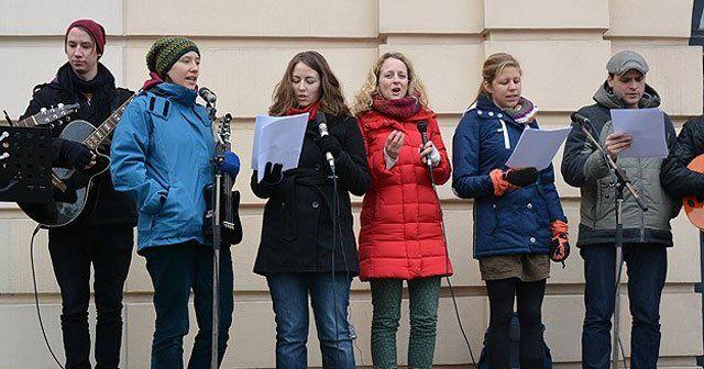 Avusturya'da ırkçı saldırılar protesto edildi