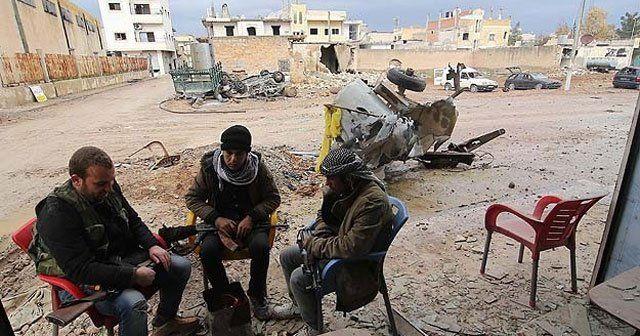 Gazeteciler Kobani'yi görüntüledi