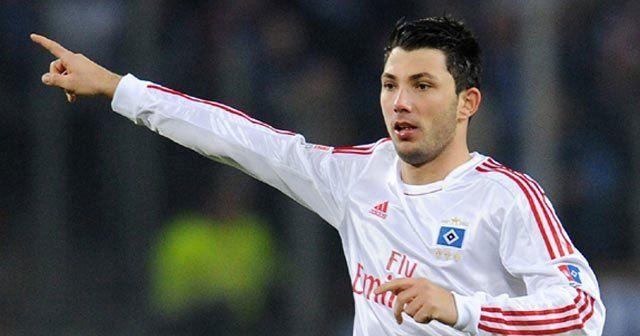 Beşiktaş Tolgay Arslan'ı borsaya bildirdi