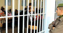 Yaklaşık 500 çocuk cezaevinde annesiyle yaşıyor