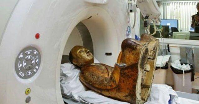 1000 yıllık heykelin içinden bakın ne çıktı