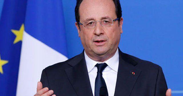 Hollande, Esad'la görüşen Fransız parlamenterleri kınadı