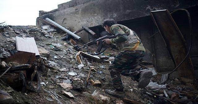 Muhalifler Halep'te ilerliyor
