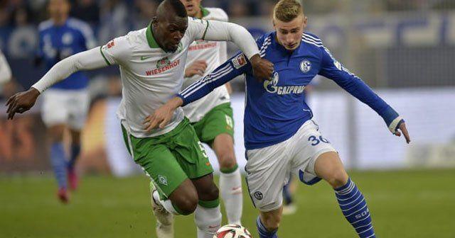 Schalke'ye son dakika darbesi