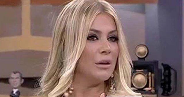 Ünlü şarkıcının makyajsız hali şaşırttı