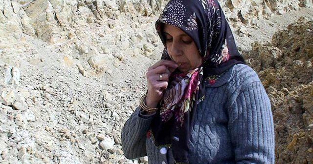 Yetkililer olaya el attı! Toprak yiyen kadınlara kanser taraması