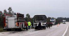Askeri personelleri taşıyan araç kaza yaptı, 1 ölü, 4 yaralı