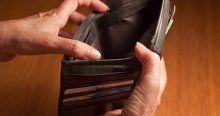 Çöpte bulduğu cüzdanı sahibine verdi üstüne dayak yedi