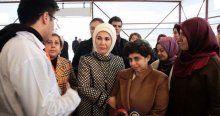 Emine Erdoğan down sendromlu çocuklarla ilgilendi