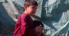 Evlerinin yanışına ağlayan çocukların yüzü güldü