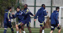 Fenerbahçe Konyaspor'a bileniyor
