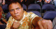 Muhammed Ali'nin eldivenlerine 956 bin dolar