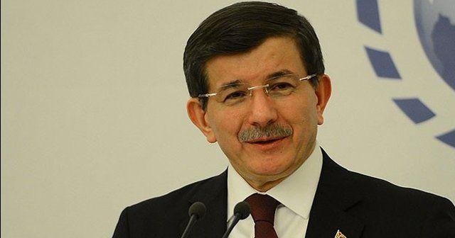 Başbakan Davutoğlu'ndan doktorlara zam müjdesi!
