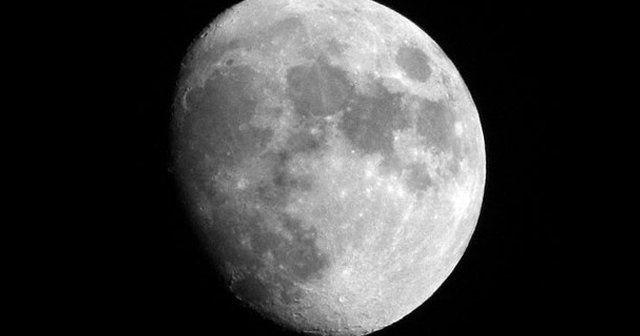 Rusya Ay'a üs kurmak için kolları sıvadı!
