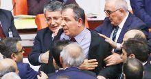 AK Parti iç güvenlik paketindeki iki maddeden vazgeçmeyecek