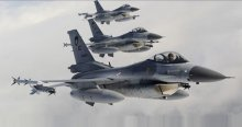 F-16 uçakları Süleyman Şah Türbesi'nde