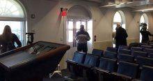 İşte gazetecilerin Beyaz Saray'da kilitlendiği salon