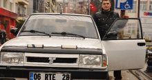 RTE plakalı otomobili için 200 bin TL istiyor