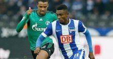 Schalke puanı 90'da kurtardı