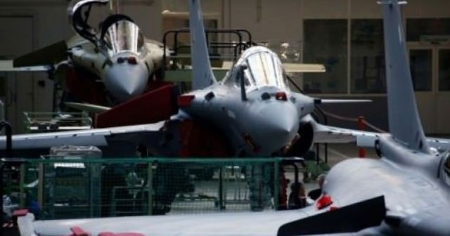 Katar Fransa'dan 24 adet savaş uçağı alıyor