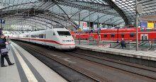 Almanya'da makinistlerin grevi ulaşımı aksattı