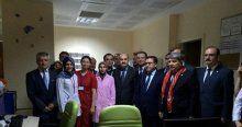 Sağlık Bakanı hastaları ziyaret etti