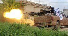 Suriye'de muhalifler askeri kışlayı ele geçirdi