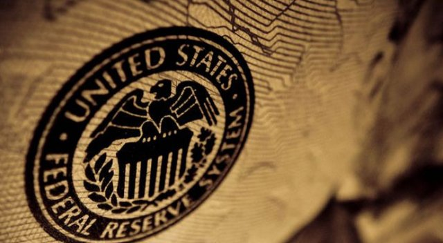 FED 5 bankacıya sektörü yasakladı!