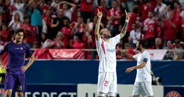 Sevilla final kapısını araladı
