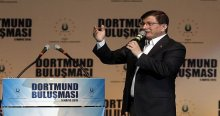 Davutoğlu, 'En iyi kamuoyu yoklaması meydanlardır'