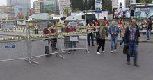 İstanbul'da yollar kapanınca işe E-5'ten yürüdüler