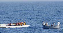 İtalya'da hafta sonu 6 bin göçmen kurtarıldı