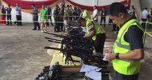 Filipinlerde barış silah bırakarak başladı