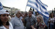 Yunanistan'da hükümete destek gösterisi