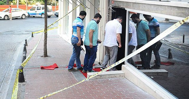 İstanbul'da silahlı çatışma, 1 ölü, 3 yaralı