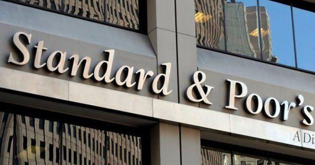 Standard & Poor's Yunanistan'ın notunu yükseltti