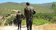 Ağrı'da teröristler ile asker arasında 1 saatlik çatışma