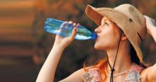 Uzmanlardan 'sıcaklarda bol sıvı tüketin' uyarısı