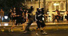 Yunanistan'da protestocular olay çıkardı