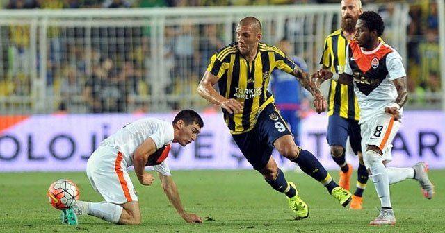 Fenerbahçe tur için sahaya çıkıyor
