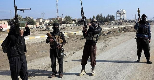 Terör örgütü IŞİD Suriye'de 230 kişiyi kaçırdı