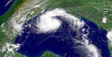 ABD'de Erika fırtınası alarmı