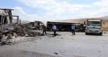Ağrı'da teröristler 5 TIR'ı ateşe verdi