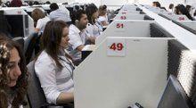 Çağrı merkezinin yüzde 72'si kadın çalışan