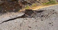 Hakkari'de yola döşenen bomba patladı